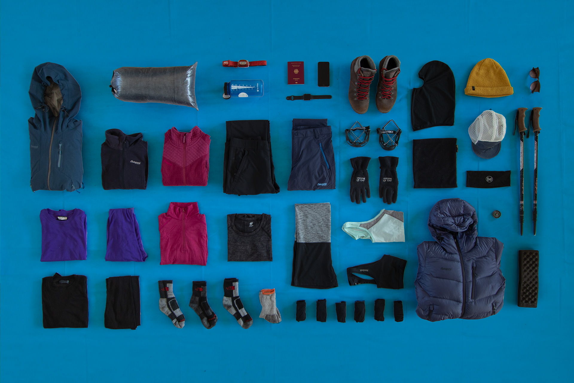 Annapurna Circuit & Annapurna Base Camp Trek Packing List | | Women | Outside Material