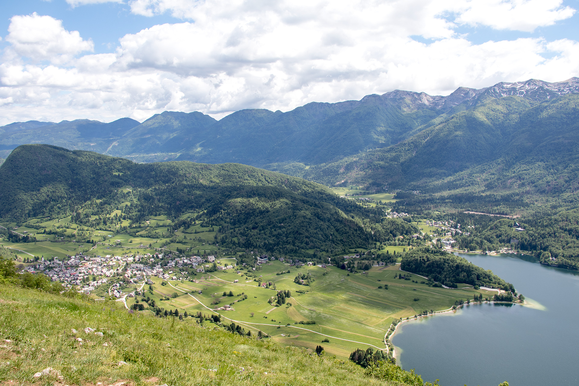 Stara Fuzina and Bohinjsko Jezero from above