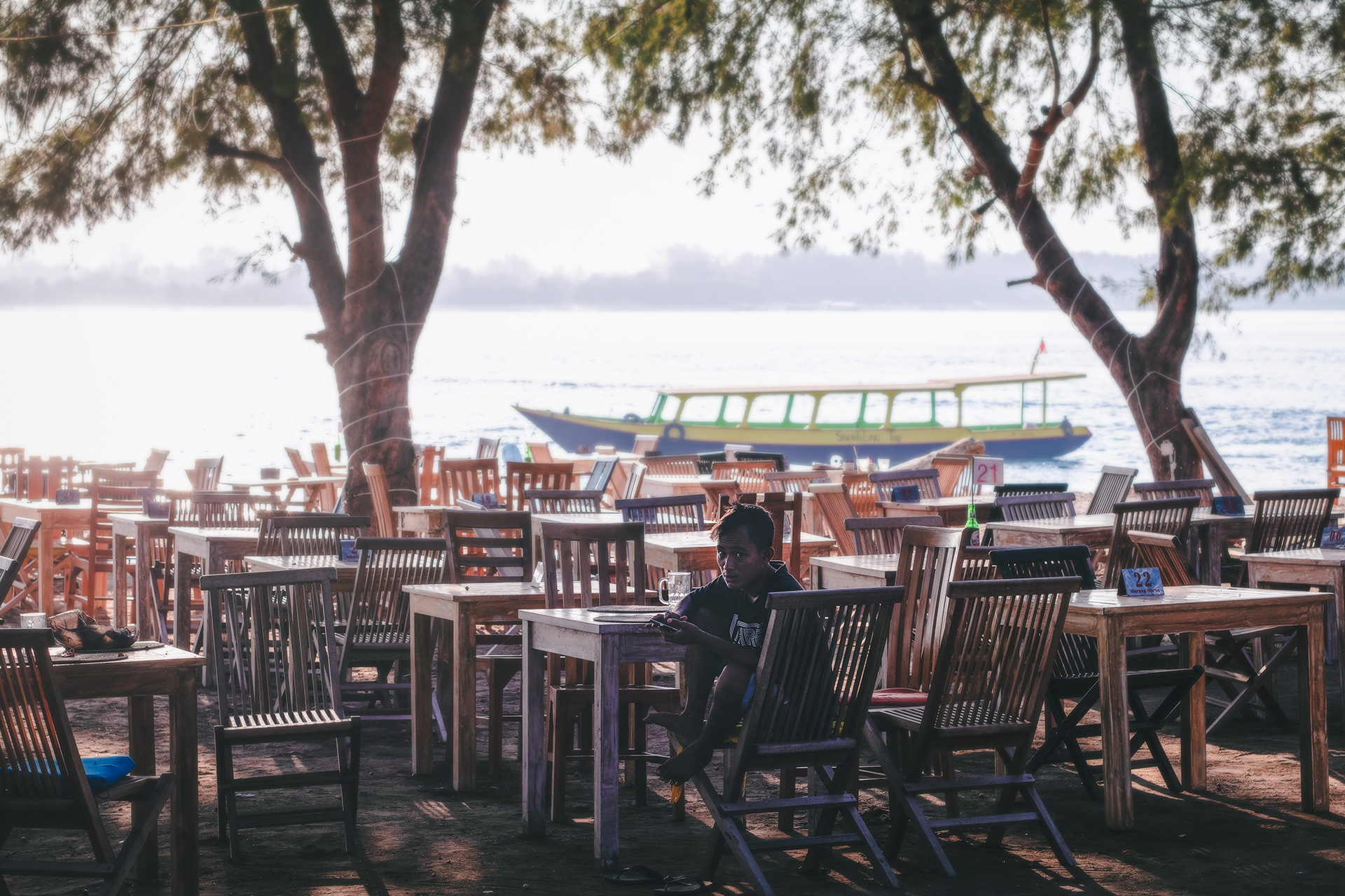 Empty restaurants. Is it safe to travel to the Gili Islands after the 2018 earthquakes?