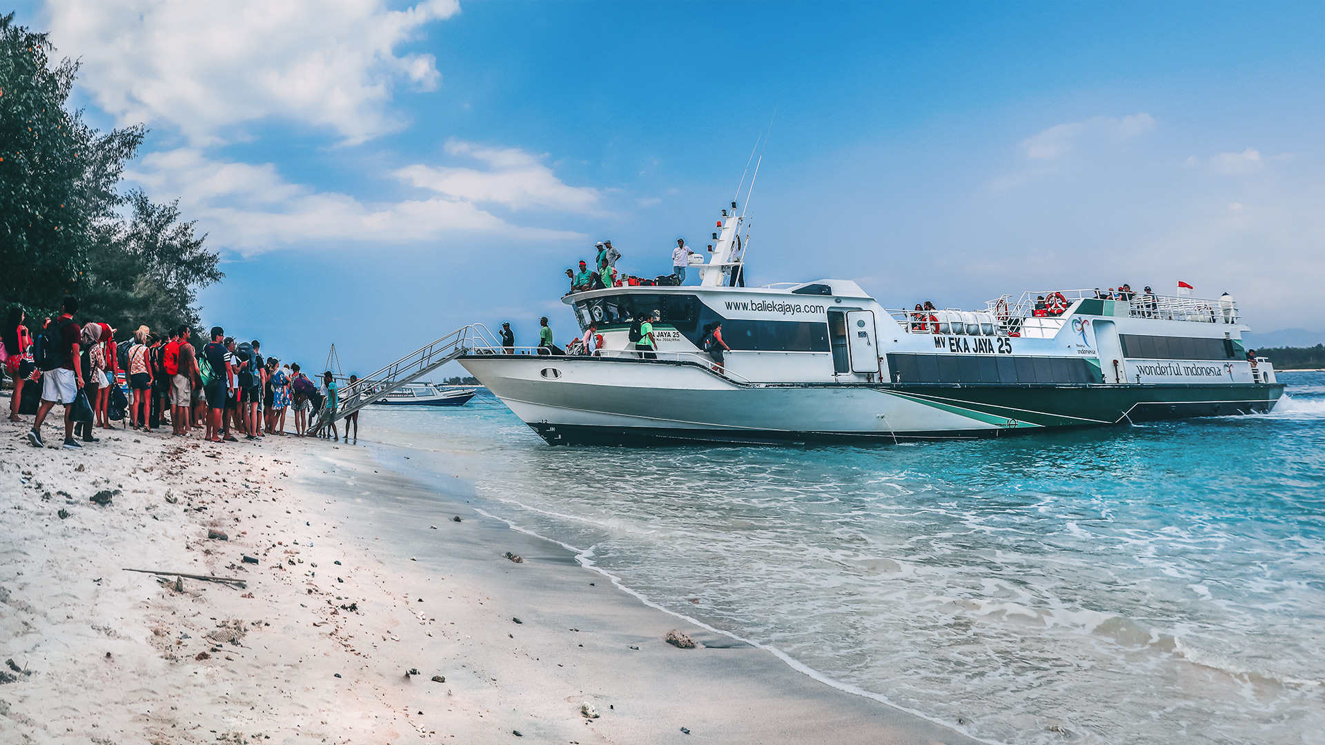 Fast boat from Gili to Bali. Is it safe to travel to the Gili Islands after the 2018 earthquakes?