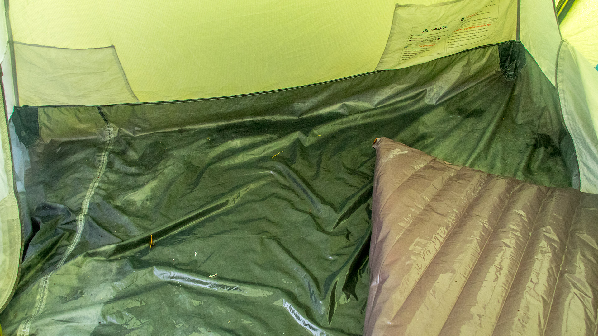 vaude wet tent