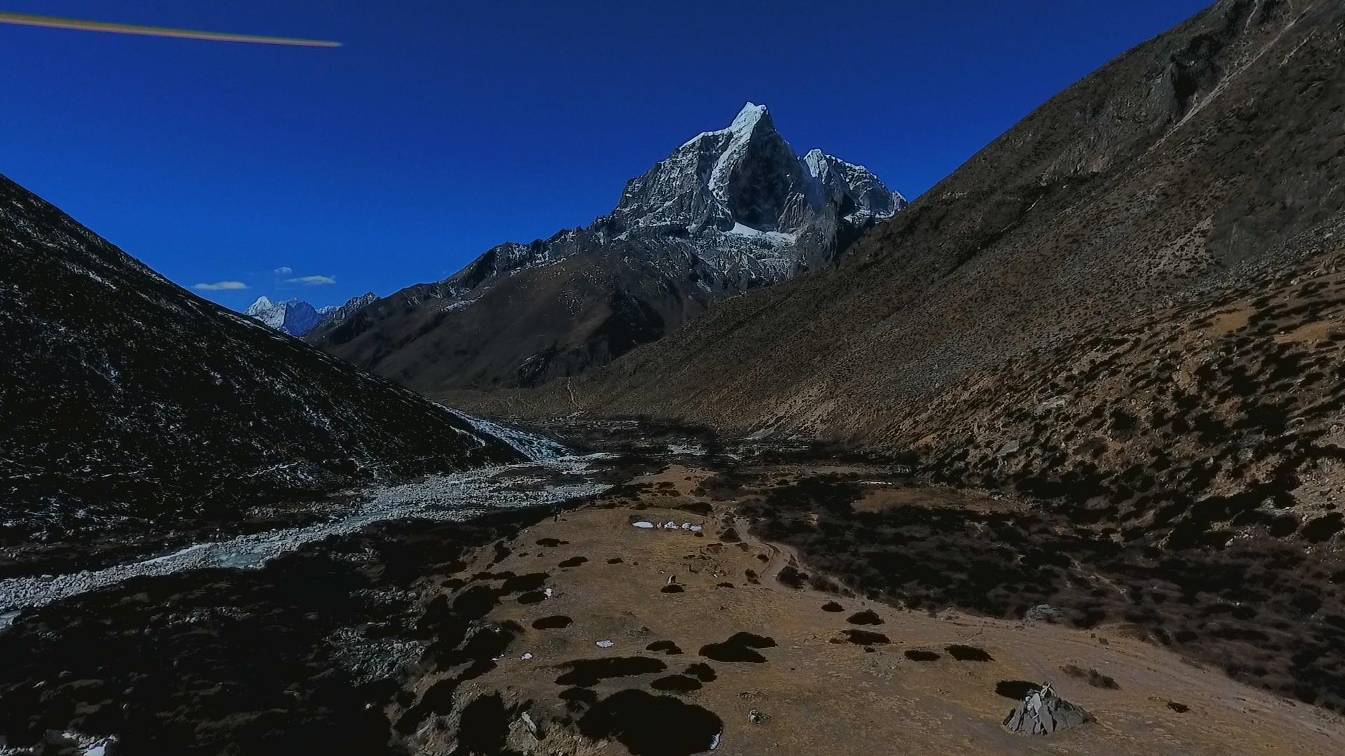 everest base camp trek dugla